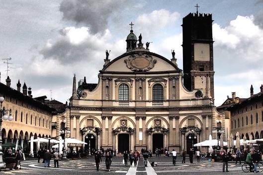 Duomo di Vigevano © Jordan Lessona